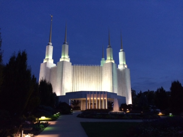 I took a quick picture of the Temple during my visit tonight.